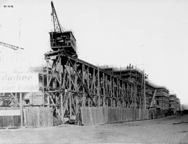 Construction of the Castle-Park Wing, 1915